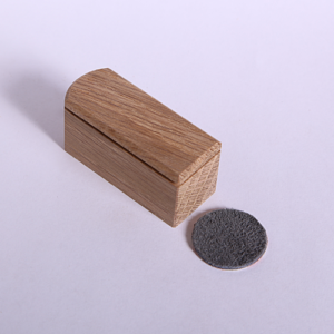large oak neatcatch with grey leather disc